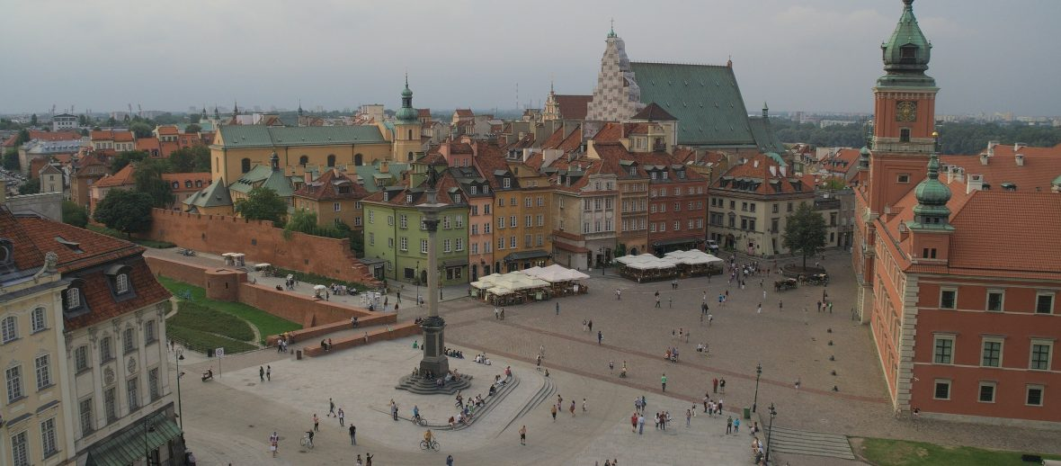 Gdzie kawalerka, gdzie apartament – rozmiary mieszkań w dzielnicach Warszawy